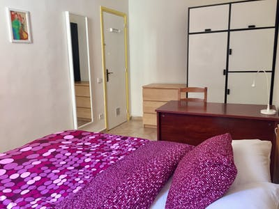 Private room for rent from 01 Sep 2020 (Passeig de Sant Joan, Barcelona)