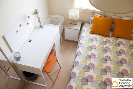Private room for rent from 01 Mar 2019 (Carrer del Consell de Cent, Barcelona)