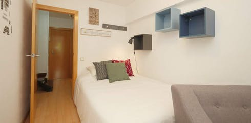 Private room for rent from 14 Apr 2019 (Carrer de Wellington, Barcelona)