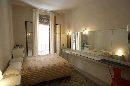 Stanza privata in affitto a partire dal 21 Sep 2019 (Carrer de les Basses de Sant Pere, Barcelona)