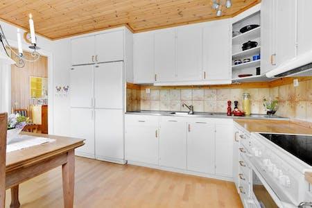 Habitación de alquiler desde 21 jul. 2018 (Champinjonstigen, Salem)