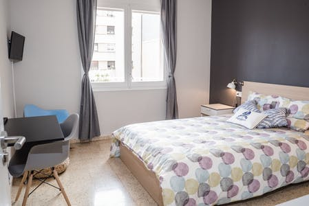 Private room for rent from 31 Mar 2019 (Carrer d'Aragó, Barcelona)