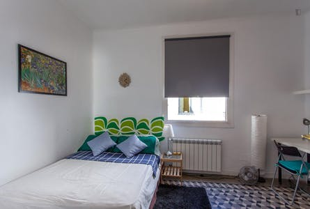 Room for rent from 01 Jul 2018 till 31 Aug 2019 (Calle Concepción Jerónima, Madrid)