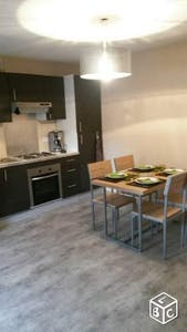 Room for rent from 15 Aug 2018 (Place Louise Michel, Saultain)