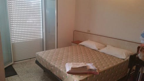 Room for rent from 21 Oct 2017  (Viale Paolo Toscanelli, Rimini)