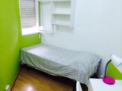Room for rent from 01 Jul 2019 (Gran Vía, Madrid)