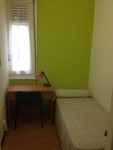 Habitación privada de alquiler desde 01 jul. 2019 (Gran Vía, Madrid)