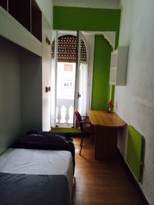 Private room for rent from 01 Jul 2020 (Gran Vía, Madrid)