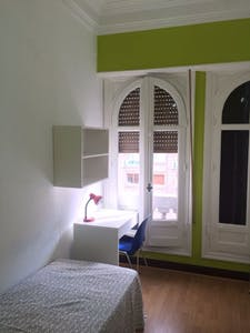 Private room for rent from 01 Jul 2019 (Calle Gran Vía, Madrid)