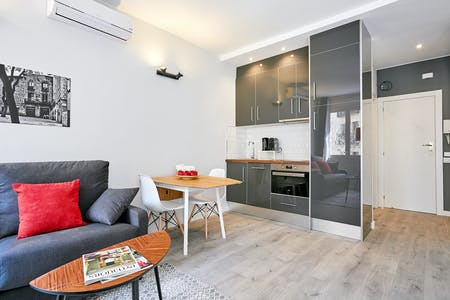 Apartamento para alugar desde 09 jul 2018 (Carrer de Marià Aguiló, Barcelona)