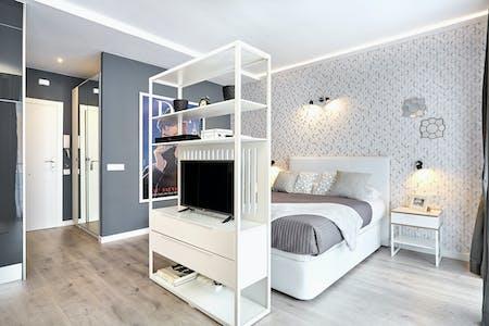 Apartment for rent from 09 Jul 2018  (Carrer de Marià Aguiló, Barcelona)