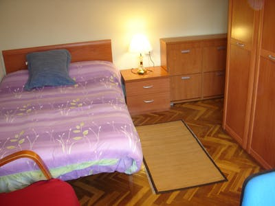 Private room for rent from 01 Jun 2019 (Avenida de los Maristas, Salamanca)