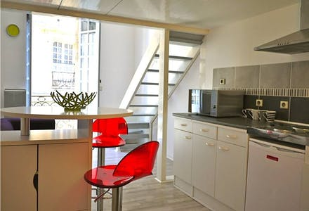 Studio for rent from 18 Jan 2018 (Rue de la Rousselle, Bordeaux)