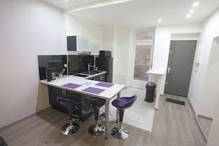 Appartamento in affitto a partire dal 21 Nov 2018 (Rue Courbin, Bordeaux)