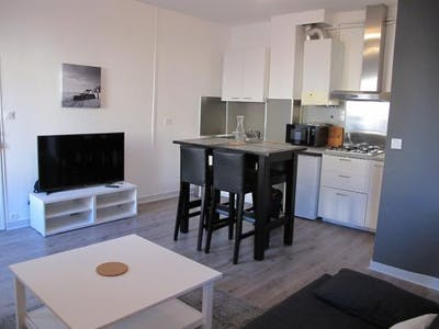 Apartment for rent from 21 Aug 2018 (Rue d'Alzon, Bordeaux)