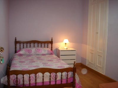 Private room for rent from 01 Feb 2020 (Calle Maestro Ávila, Salamanca)