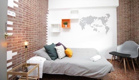 Habitación privada de alquiler desde 01 abr. 2020 (Carrer de Roger de Llúria, Barcelona)