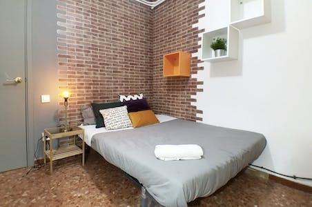 Stanza privata in affitto a partire dal 22 Nov 2019 (Carrer de Roger de Llúria, Barcelona)