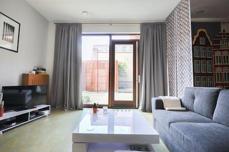 Apartment for rent from 01 Jul 2019 (Waterjufferstraat, Rotterdam)