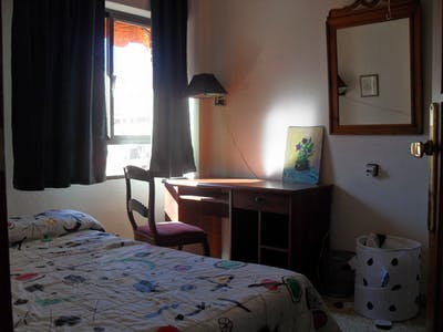 Private room for rent from 01 Jul 2020 (Plaza Santa Eulalia, Murcia)