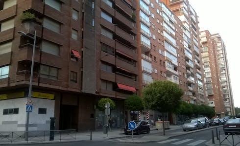 Chambre à partir du 01 janv. 2019 (Calle Estadio, Valladolid)