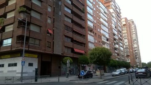 Available from 25 Jun 2019 (Calle Estadio, Valladolid)