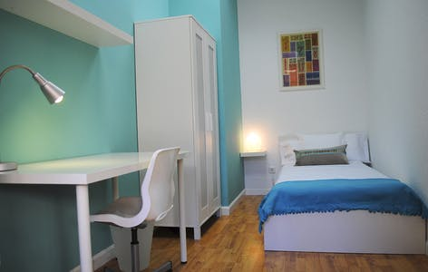Private room for rent from 29 Mar 2020 (Plaza Alonso Martínez, Madrid)