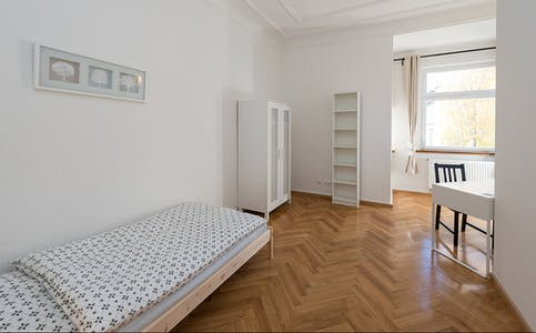 Private room for rent from 01 Mar 2019 (Reger Platz, Munich)