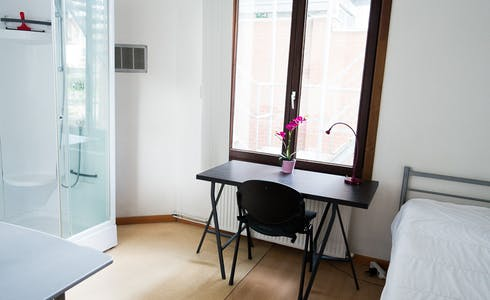 Room for rent from 01 Jan 2018  (Rue Traversière, Saint-Josse-ten-Noode)