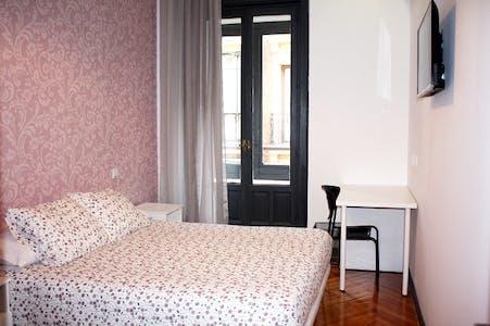Chambre privée à partir du 01 juin 2020 (Gran Vía, Madrid)