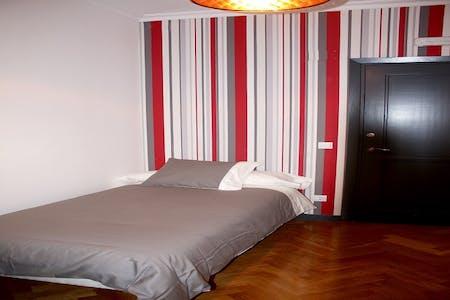 Chambre privée à partir du 01 juil. 2020 (Gran Vía, Madrid)