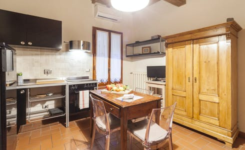 Apartment for rent from 19 Nov 2017  (Via Dante Alighieri, Florence)