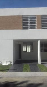 Room for rent from 19 Aug 2018 (Calle Crisantemo, Nuevo México)