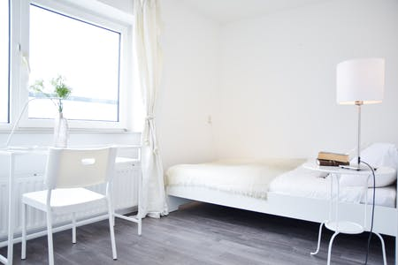 Private room for rent from 01 Feb 2020 (Watertorenweg, Rotterdam)