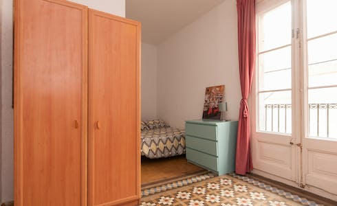 Room for rent from 01 Jul 2019 (Carrer d'Avinyó, Barcelona)