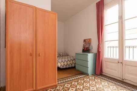Private room for rent from 01 Jan 2020 (Carrer d'Avinyó, Barcelona)