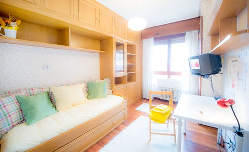 Zimmer zur Miete von 01 Juli 2018 (Amadeo Deprit Kalea, Bilbao)