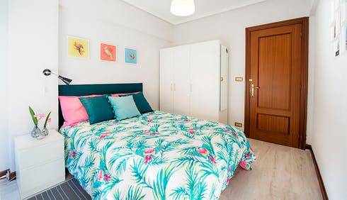 Private room for rent from 01 Jul 2019 (Maurice Ravel Etorbidea, Bilbao)
