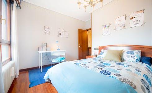 Habitación de alquiler desde 01 feb. 2018  (Amadeo Deprit Kalea, Bilbao)
