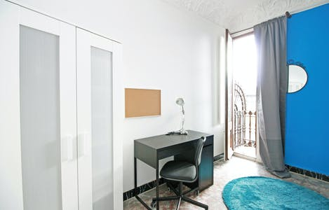 Private room for rent from 30 Sep 2019 (Carrer Comercial, Barcelona)