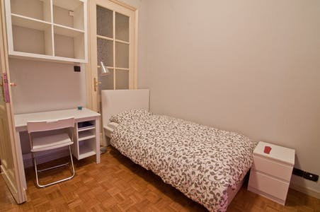 Room for rent from 16 Feb 2019 (Via Pietro Bagetti, Torino)