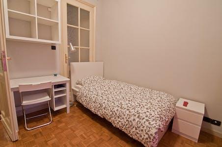 Habitación privada de alquiler desde 18 Jul 2019 (Via Pietro Bagetti, Torino)