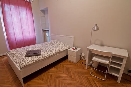 Room for rent from 23 Oct 2018 (Via Pietro Bagetti, Torino)