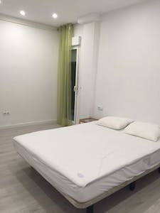 Room for rent from 26 May 2018 (Carrer Antonio Ponz, Valencia)