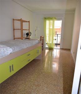 Private room for rent from 01 Sep 2019 (Carrer de Vidal de Canelles, Valencia)