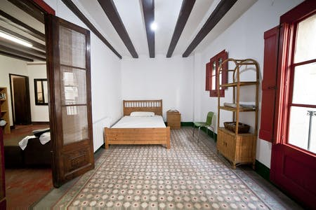 Private room for rent from 24 Aug 2020 (Carrer d'Avinyó, Barcelona)