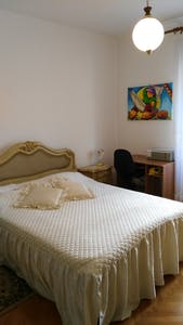 Private room for rent from 01 Aug 2019 (Via dei Carmelitani, Trieste)