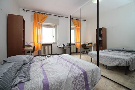 Private room for rent from 01 Jul 2020 (Via Innocenzo Isimbardi, Città metropolitana di Milano)