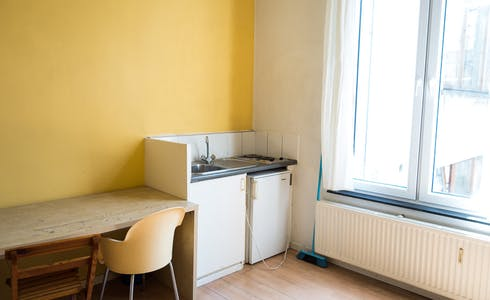 Room for rent from 01 Jan 2018  (Rue de la Constitution, Schaerbeek)