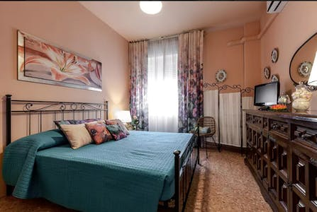 Apartment for rent from 28 May 2018 (Via Federico Bellazzi, Milano)